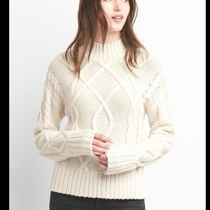 GAP Ivory Cable Mock Neck Sweater sz Medium